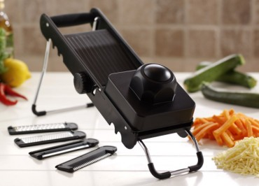 Cut, Grate Shred Mandoline In Black With Veg