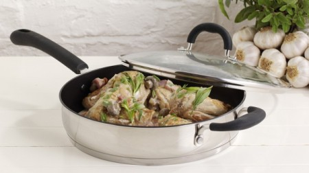 Stainless Steel Saute Pan With Lid With Garlic