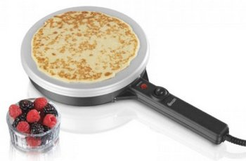 Swan SF26010N PTFE Non-Stick Crepe Machine With Bowl Of Berries
