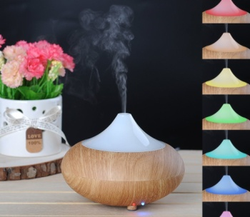 Electric Diffuser For Essential Oils With Flowers
