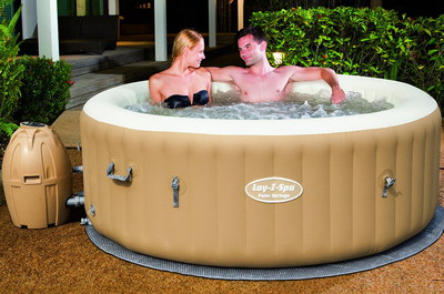 Hot Tub For Garden With Couple Inside