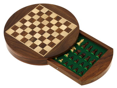 SHL-IN Magnetic Portable Chess Set In Rounded Design