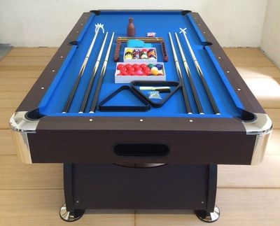 Classy Professional Pool Table With Pro Size Cues