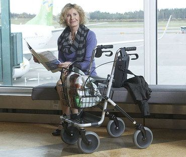 Walking frame with tray best 10 for disabled and elderly uk for Motorized cart for seniors