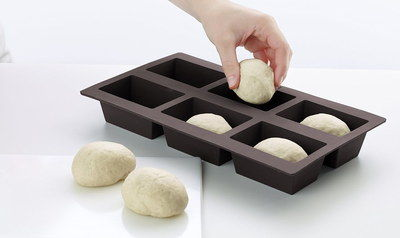 Platinum Small Bread Baking Tin Mould With 6 Holes