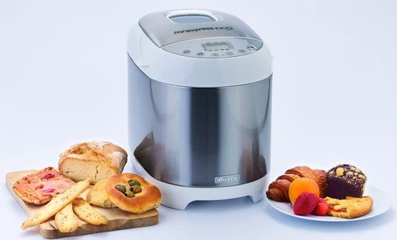 Bread Maker With Square LCD On Top