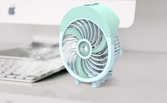 Handheld Fan With Water Misting Rotor Blades