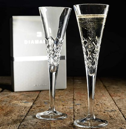 Bubbly Drinking Glasses With Round Bases