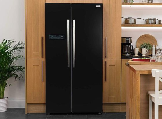 Side By Side Fridge Freezer With Steel Handles