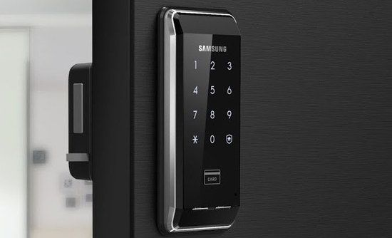 Square And Black Home Keyless Pad