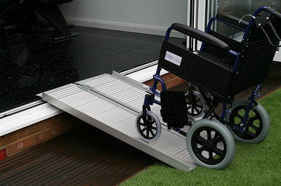 Carry Suitcase Ramp For The Elderly With 2 Channels