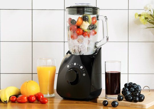 Smoothie Juicer And Blender With Big Black Dial
