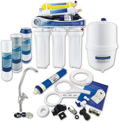 Water Purification System With All Fixings