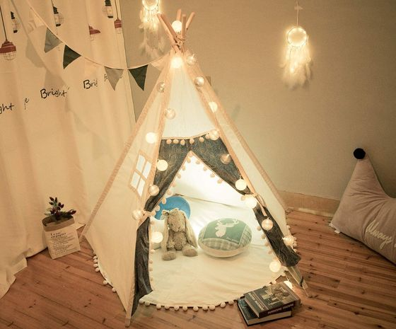 Kids Teepee Play Tent With Lit Bulbs