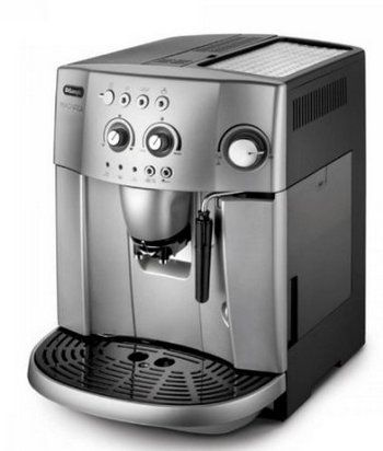 DeLonghi Magnifica in Silver and Grey
