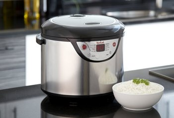 Multi-Cooker And Rice Steamer In Brushed Steel