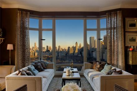 Comfy City View Living