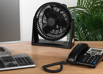 Turbo Quiet Desk Fan In Black On Wooden Table