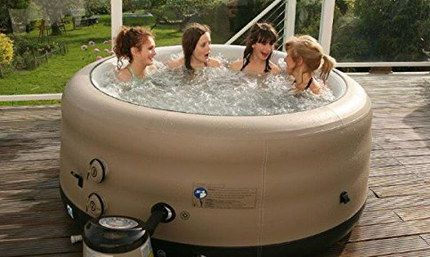 Inflatable Round Hot Tub With 4 Women