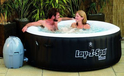 Inflatable Luxury Hot Tub With Black Exterior