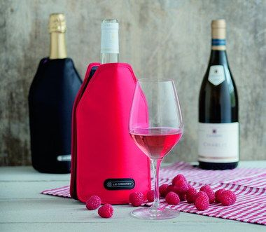Mini Wine Cooler Sleeve In Red With Fruits
