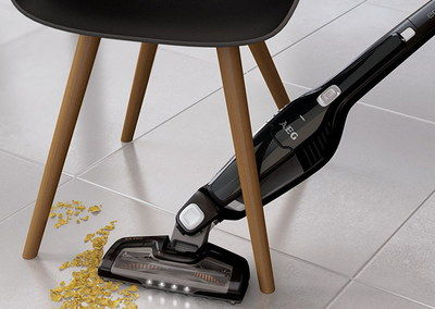 Rechargeable Hoover In Black
