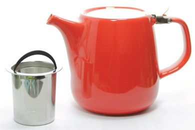 Short Spout Ceramic Teapot With Infuser In Red