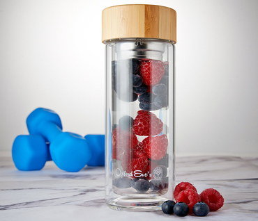 Fruit Infusing Water Bottle With Steel Strainer